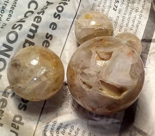 кварц  шары с месторождения
